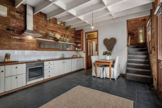 Romantic_Getaway_Maplewood_Cottage_Mount_Macedon_Macedon_Ranges_Victoria_5