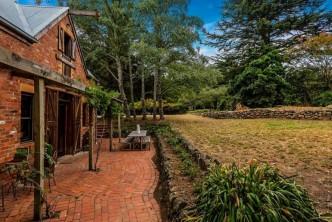 Romantic_Getaway_Maplewood_Cottage_Mount_Macedon_Macedon_Ranges_Victoria_9_2